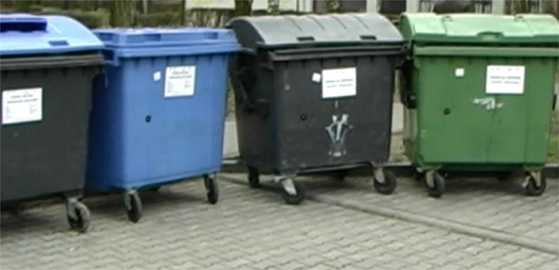 Gniazda segregacji odpadów pod okiem kamer