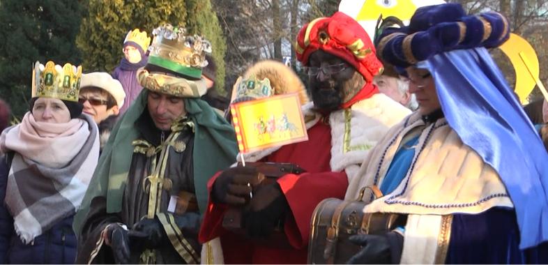 Orszak Trzech Króli przeszedł ulicami Sieradza
