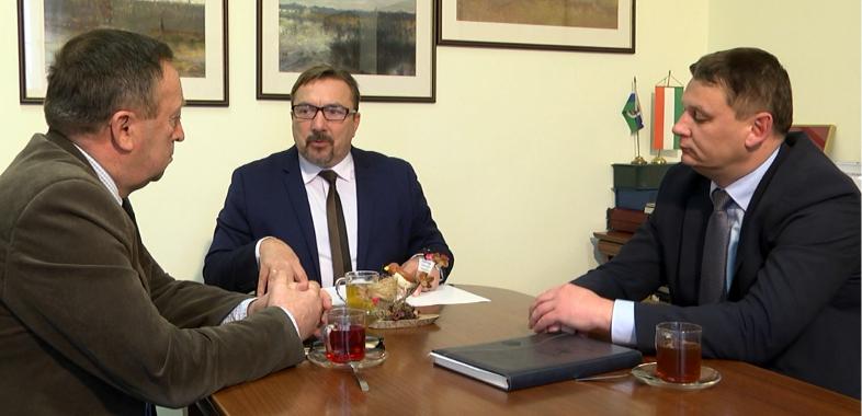 Wieści regionalne – rozmowa z burmistrzem Warty oraz wójtem Pęczniewa