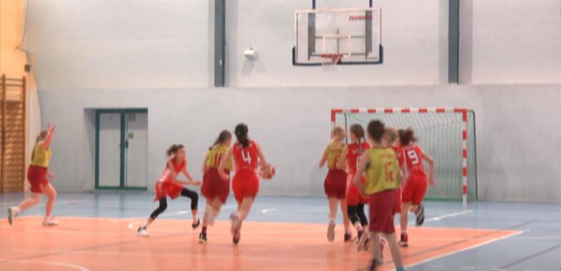 Podsumowanie XXII Ogólnopolskiego Mikołajkowego Turnieju Koszykówki Dziewcząt