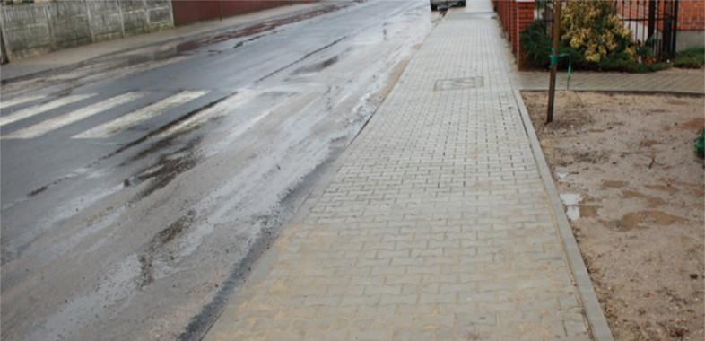 Oddanie do użytku chodników w Goszczanowie