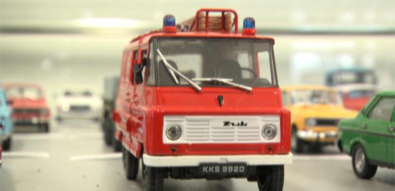Wystawa kultowych pojazdów PRL-u