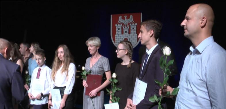 Nagrody i stypendia dla uczniów