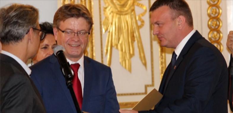 Wyróżnienie dla starosty sieradzkiego tytułem Ambasadora SM