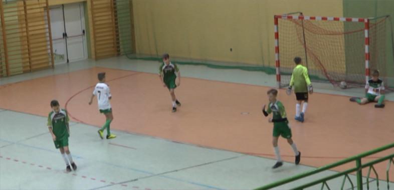 """Turniej piłkarski """" Futboliada Juniorów w Sieradzu"""""""