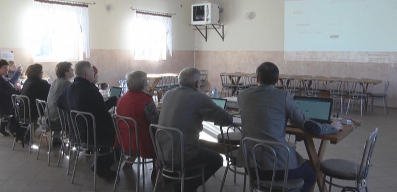 """Projekt """"E-aktywni"""" w Gminie Sędziejowice"""