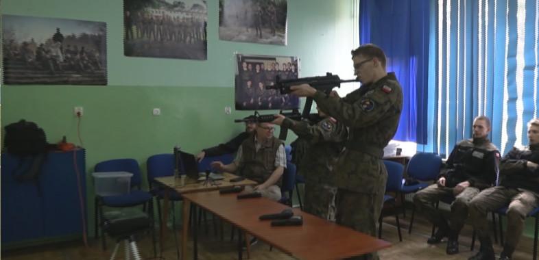 Dzień otwarty w Zespole Szkół Mundurowo- Technicznych w Ostrowie