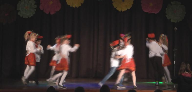 Festiwal śpiewu i tańca ludowego w Łasku