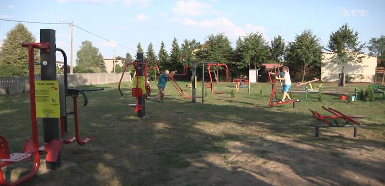 Otwarcie siłowni na powietrzu oraz wyremontowanej świetlicy w Restarzewie