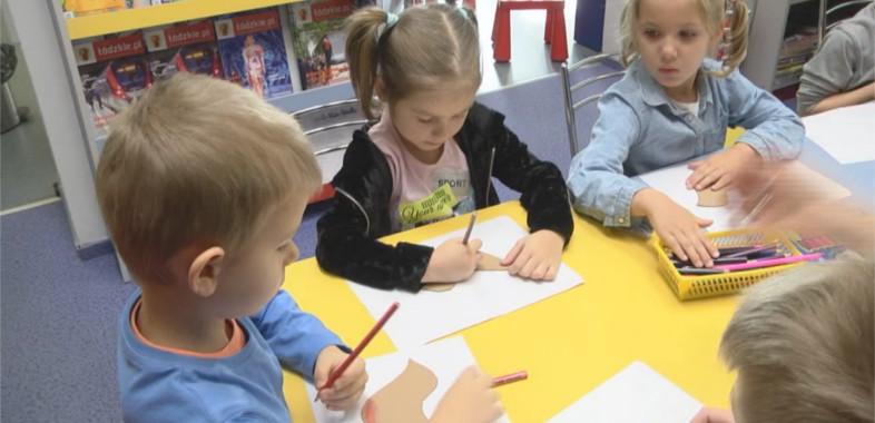 Warsztaty dla przedszkolaków w Powiatowej Bibliotece