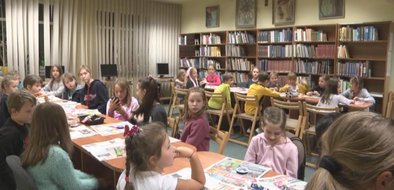 """Warsztaty """"Zmaluj to!"""" w Bibliotece w Łasku"""