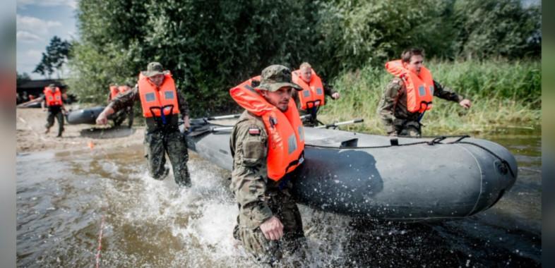 Szkolenie Łódzkich Terytorialsów na Zbiorniku Jeziorsko