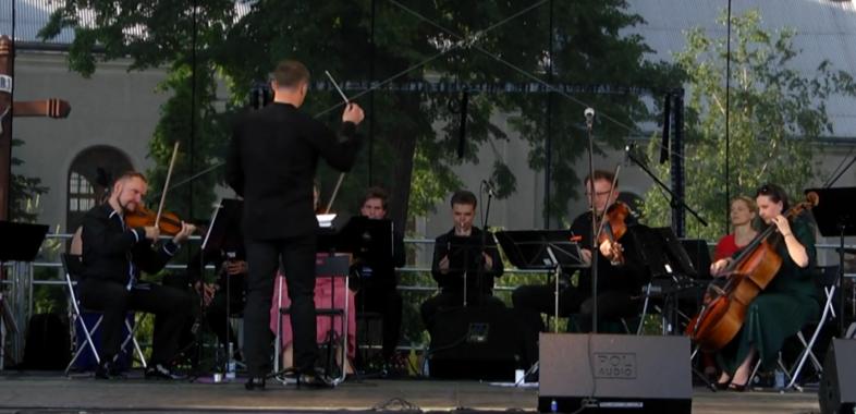 Letnia Akademia Opery, Operetki i Musicalu w Warcie