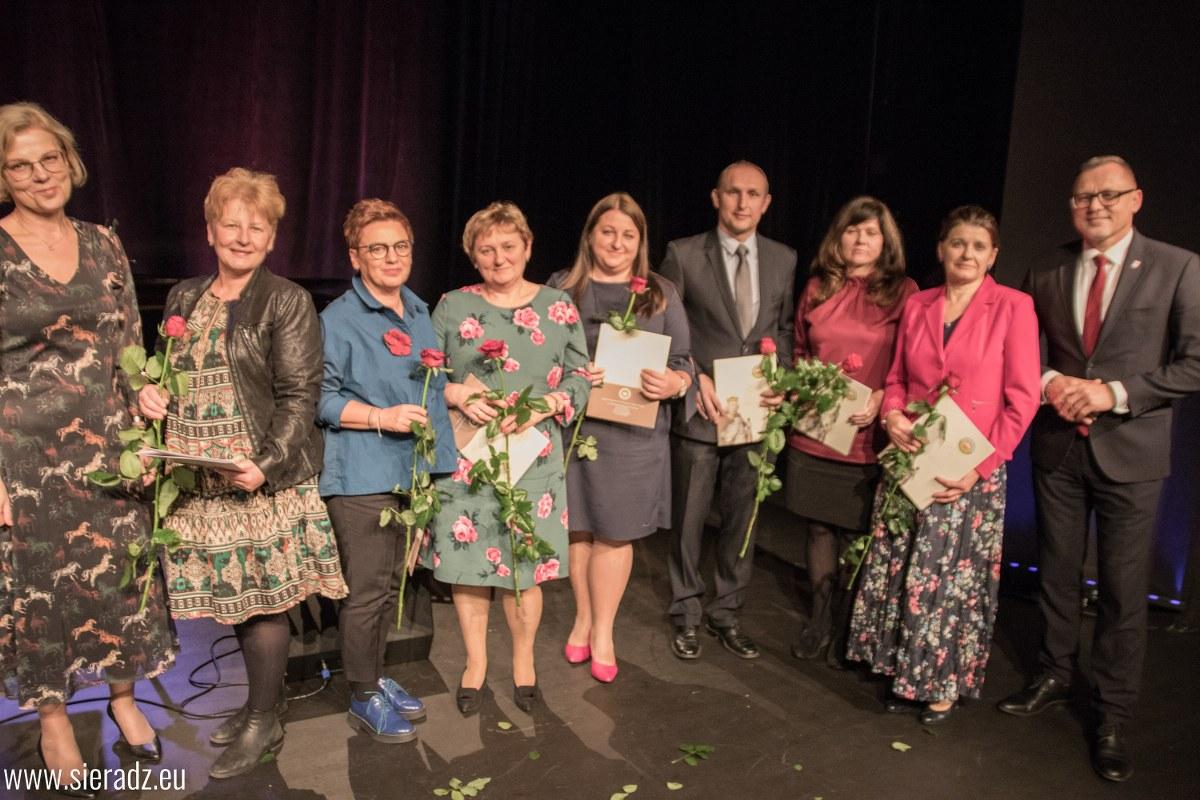 Nagrody Prezydenta Miasta dla sieradzkich nauczycieli